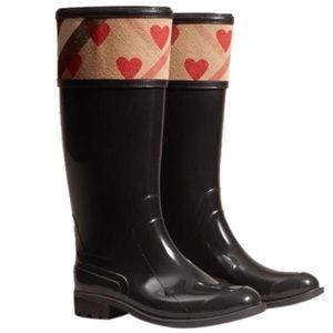 NEW Burberry Crosshill Heart Check Rain Boots